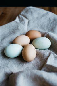 5 eggs on a cloth